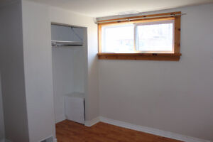 Summer Sublet in Awesome Calderwood House