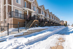 Luxurious Townhome in Sherwood Park