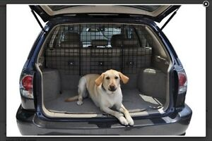 Universal vehicle  pet barrier/cargo barrier