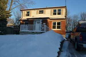 Well cared for 2 bed unit for rent in a duplex Kitchener / Waterloo Kitchener Area image 1