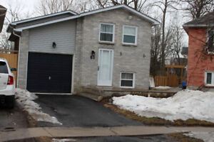 Courtice, 3 Bedroom, 2 Story House For Rent with Garage