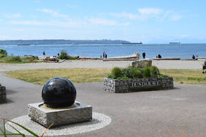 **ATTN: BUILDERS!  PRIME LOCATION in DUNDARAVE** North Shore Greater Vancouver Area image 6