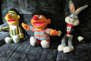 Dolls or Muppets Classic Cartoon Character Toys