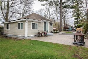 WASAGA BEACH NEWLY RENOVATED HOME FOR RENT, BEACH 1