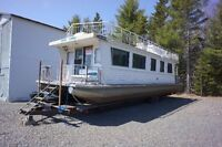 Houseboat **Reduced**
