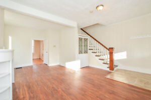 Character Row Home - Deep Yard - Walk Downtown! Showing Wed 6pm