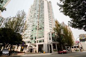 $2950(ORCA_REF#1908-1323)Convenient Downtown Living at it's BEST