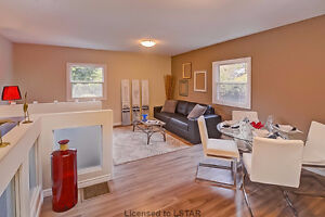 NEW! NEW! NEW!   And Just $ 194,900! London Ontario image 6