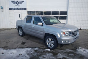 2012 HONDA RIDGELINE TOURING 4WD WITH 118,000KMS!!