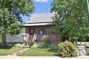Family Home in Canwood!