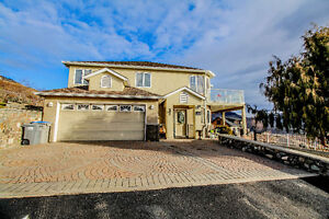 Batchelor Heights Home With Stunning Views