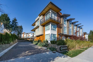 Stunning new listing in Port Moody!!! Incredible 3 Bedroom T/H!!