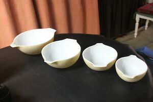 "Set of 4 Pyrex ""Forest Fancies"" Cinderella Nesting Mixing Bowls. Kingston Kingston Area image 4"