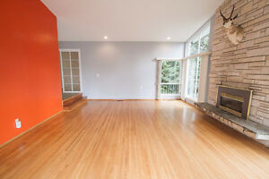 $5100(ORCA_REF#1060H)Modern 4 bedrooms/ 3 bathroom at British Pr North Shore Greater Vancouver Area image 5