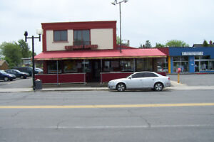 LOCAL COMMERCIAL A LOUER  - LONGUEUIL