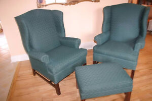 Moving Sale - Vintage Forest Green 2 Chairs & Ottoman Set from S
