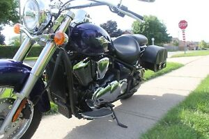 Mint Condition Kawasaki Vulcan 900 Classic - Low KMS! Cambridge Kitchener Area image 7