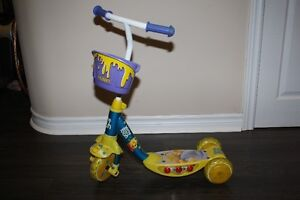 Winne the Pooh 3 wheels Scooter with LED light on side for kids
