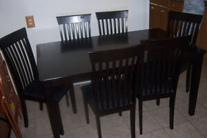 Black Dining room Table with 6 chairs