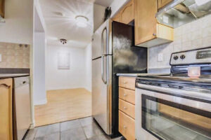 Luxury Tridel Condo With 2 Large Bedroom And A Spacious Den. Bri