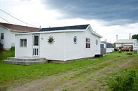 FULLY FURNISHED COTTAGE FOR RENT IN POINTE DU CHENE, NB