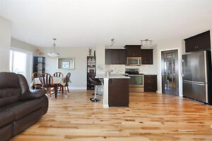 Maple - 3 Bed, 3.5 Bath Home w/ Finished Bsmt & Attch Garage!