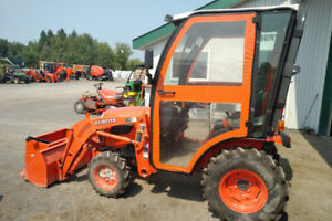 Used Kubota B2320 Hydrostatic 4wd Tractor w/ Loader, FSB and Cab
