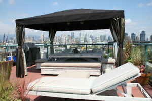 2 or 3 bedroom Penthouse w/Private deck