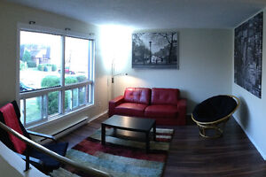 Furnished Bedroom for Rent - Perfect for students
