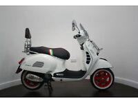 Vespa GTS 300 Via Speciale