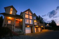 Dramatic and majestic home with incredible views! 3bd, 3.5bath