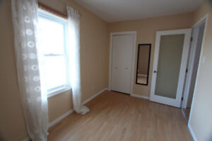 Amazing room in House in Kitchener for Rent
