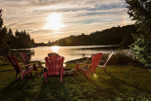 Available fall, 4brm waterfront chalet for rent, Val-des-Lacs