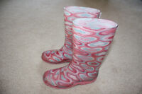 Girls/youth Rain boots - size 3