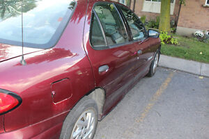 2004 Pontiac Sunfire SL Sedan Peterborough Peterborough Area image 2