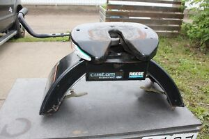 Fifth Wheel Reese Hitch - 25,000 lbs capacity.