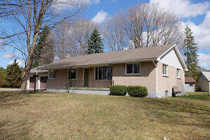 Brick Ranch Located Minutes to Strathroy