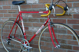 Red Cambio RINO Classic Road Racing Bicycle. Rare Early Gardin