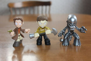 Lot of figures: Disney, Funko, Alien, Star Trek, Frozen and more