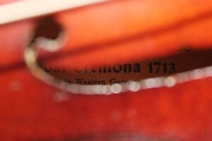 1920's-30's VIOLIN 1/2 Size, CASE, BOW (VIEW OTHER ADS) Kitchener / Waterloo Kitchener Area image 4