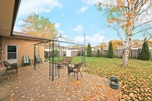 #350 Military, Amherstburg. Open House Sun., Dec. 11 1-3pm. Windsor Region Ontario image 8