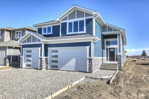 Over 3000 square feet of living space!-2643 Elm Drive-Coaldale