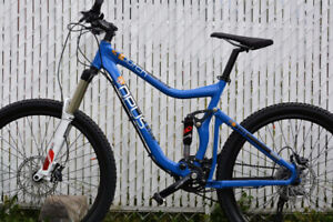 FULL SUSPENSION ALL-MOUNTAIN BIKE OPUS CLUTCH 3