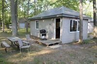 COZY CABIN! ONE BEDROOM BEACHFRONT! LABOUR DAY GET AWAY!