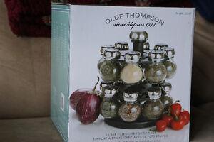 Olde Thompson 16-jar Pre-Filled Orbit Spice Rack - BNIB