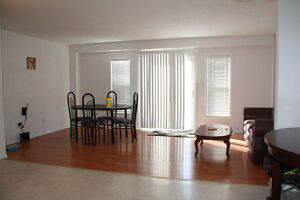 Laurelwood 4BDRM House for UW Students - All Inclusive - Sept 1