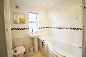 AMAZING DOUBLE ROOM TO RENT - GREENWICH ZONE 2 - CALL ME AND MOVE IN TODAY