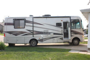31 ft Couples Motorhome PRICE REDUCED (FULLY WINTERIZED)