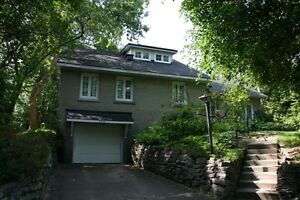 House for Rent: Revelstoke / Mooney's Bay $1700.  Avail: July 15