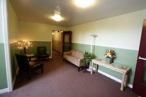 Wortley Village 1 Bedroom Hardwood Floors and Controlled Entry London Ontario image 10